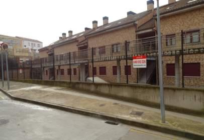 Garaje en calle Rio Leza, nº 2